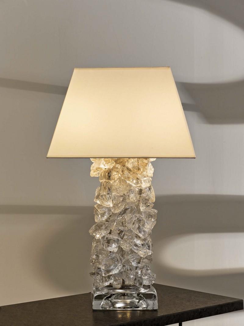 rock pile table lamp