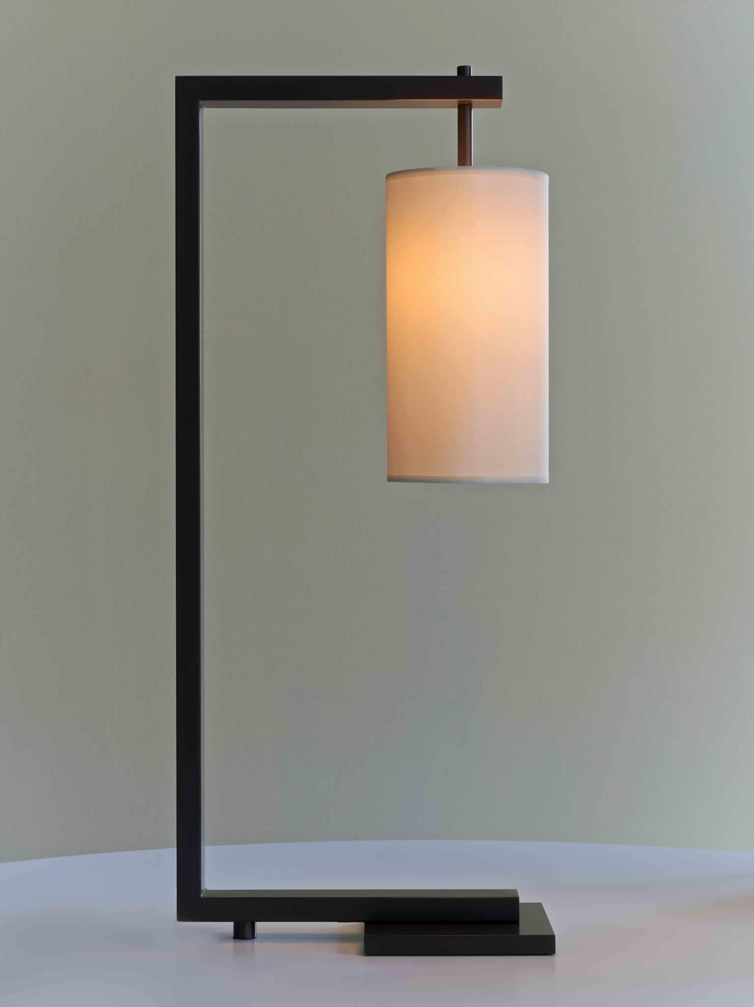 Cl sterling son peabody table lamp for Table 52 2014