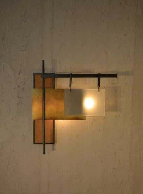 Pennant wall sconce